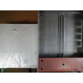 universele stalen inbouwkast voor vloerverwarming/C.V.verdeler met witte gespoten afdekplaat  art 88.10.330